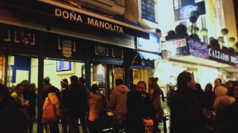 2Doña-Manolita-la-administración-más-famosa-de-Madrid-570x320.jpg